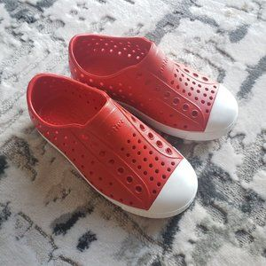 Red Native Shoes Sz 10